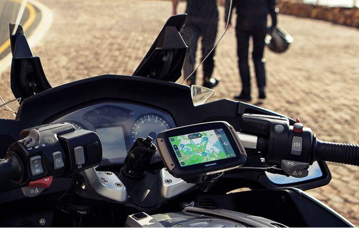 TomTom Garmin GPS Navigation System Cruizador