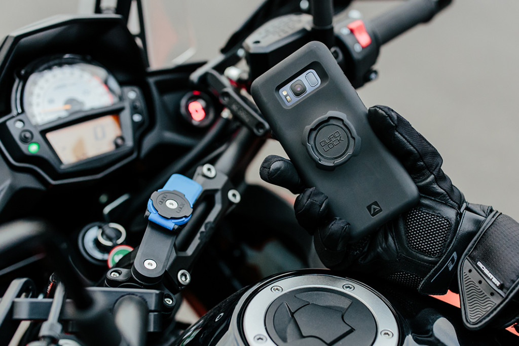 Quadlock Smartphone Mount Cruizador Motorcycle