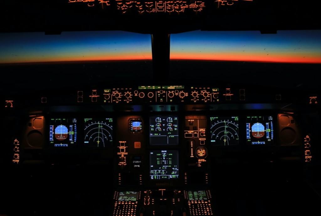 Plane Cockpit Cruizador @Andres Dallimonti